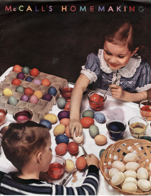 Children dyeing easter eggs